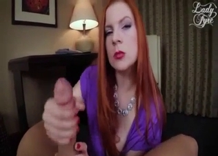 Glamour stepmom jumps on dick in cowgirl pose