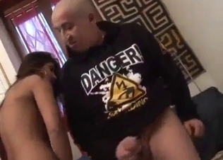 Nasty uncle pounds a passionate glamour niece