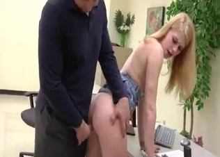 Screwing her tight twat in doggy pose