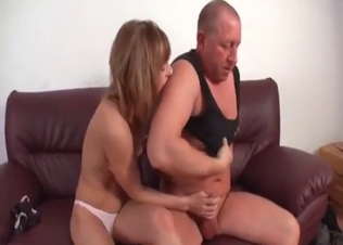 Good chick likes her filthy daddy