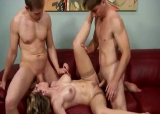 Gorgeous hottie hardly fucked by siblin