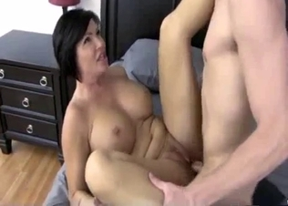 Stepmom hardly fucked in the missionary pose