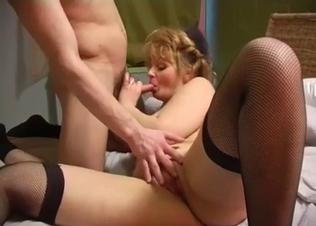 Cumming on the face of my lusty mommy